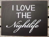 """VINTAGE SCHILD """"I LOVE THE NIGHTLIFE"""" PARTY DISCO METALLSCHILD SHABBY RETRO NEU"""