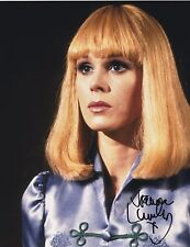 JOANNA LUMLEY SIGNED HOT 70'S ACTRESS 8X10 PHOTO ABSOLUTELY FABULOUS  SHOWSTUFF
