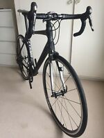 2017 Cannondale Synapse Dura-AceCarbon Road Bike 56cmPacenti Rims on Hope Hubs