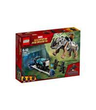 Lego Super Héroes - duelo contra Rhino junto a la mina.