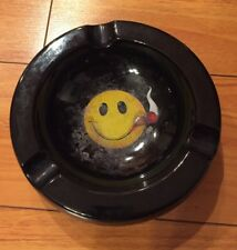 """SMILE YOU'RE IN CIGAR COUNTRY"" Cigars International Ceramic Smiley Face Ashtray"