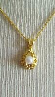 """VINTAGE PRETTY 18"""" YELLOW GOLDTONE DAINTY FAUX PEARL FILIGREE PENDANT NECKLACE,"""