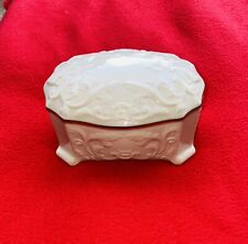 """Lenox Fine China With Gold Trimmed Music Box Plays """"Yesterday� By The Beatles"""