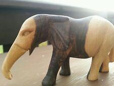 """Handgeschnitzter Elefant Holzelefant """"  aussergewöhnlich"""