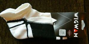 Wigwam low cut mens L(9-12)white w/black socks(Slight imperfect