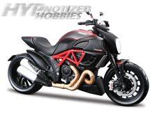 Maisto 1:12 Ducati Diavel Rosso Nero 20-11023