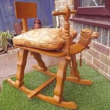 VINTAGE intagliato in legno cavallo a dondolo Camel-per bambini pieghevole in legno a dondolo Camel