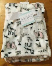 """Nwt Baby Gear Bg Baby Blanket White Fleece with Zebra, elephant, girrafe 30x36"""""""