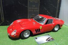 RARO FERRARI 250 GTO 1964 rojo 1/12 REVELL 8850 coche miniatura de colección