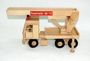 Drewa Fahrzeug Feuerwehr III Holz Spielzeugauto Einsatzfahrzeug Limited Edition