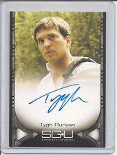 Stargate Universe Tygh Runyan auto card