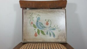PRETTY WOOD BIRD PAINTING SIGN  GEOMETRIC PATTERN ON WOOD. GREAT COUNTRY DECOR