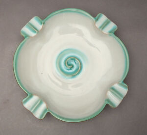 Karlsruher Majolika Schale Aschenbecher grüne Spirale 4807 / 292