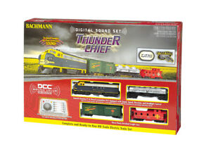 Bachmann HO Thunder Chief Train Set W/3 Cars Sound Loco Headlight BAC00826
