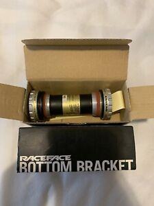 New Race Face Team XC X-Type External Bottom Bracket: BSA 68/73mm BB Shell x