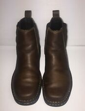 Eastland brown womens size 7M pull on bootie. Leather upper.