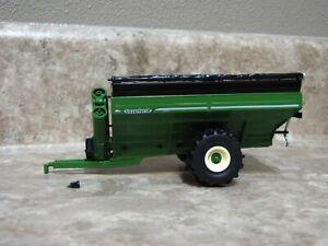 SpecCast 1/64 Green Unverferth 1110 Grain Cart Farm Toy Damage