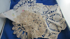 ancien interessant lot de 8 napperons  au crochet coton