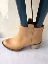 Clarks Movie fiesta light leather ankle size 8 D LADIES womens boots SHOES LOW