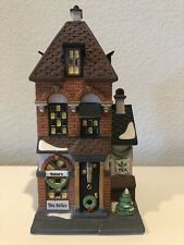 *Christmas* Department 56 Christmas In The City Potter's Tea Seller