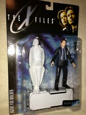 McFarlane X-Files - Set of Agent Mulder and Scully each with Corpse