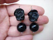 P Orecchini pendenti con rosa nera stile vittoriano e perla