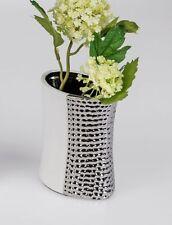 Vases en céramique pour la décoration du bureau