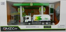 1:64 RMZ *BP* Gas Service Station Diorama Display w/Fuel Truck Signs + *NIB*