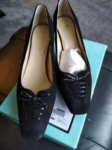 Van_dal Black Shoes 9eee