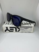 Oakley FROGSKINS Limited Edition Sft Tch Collection Skulls w/Blue Irid