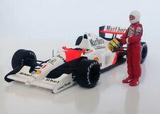1/43 Ayrton Senna McLaren Honda figurine figure 1988 1990 1991 putting on helmet