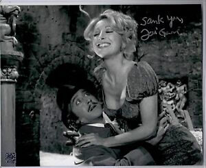 Teri Garr Signed Young Frankenstein Knockers 8x10 Photo