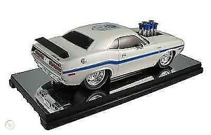 """1970 DODGE CHALLENGER GP DRAG WHEELS """"75th Anniversary"""" WHITE 1:18 SCALE BY M2"""