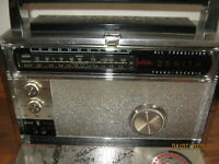 Vintage Zenith Royal 3000-1 Trans-Oceanic Radio AM FM Multiband All Transistor