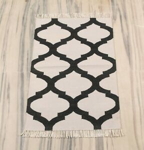 2x3 Feet Hand Made Cotton Geometric Modern Rug Reversible Mat DN-2071