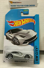 Ferrari F12 Berlinetta #31 * Silver * Hot Wheels 2014 * D8