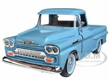 1958 CHEVROLET APACHE FLEETSIDE PICKUP LIGHT BLUE 1/24 CAR MOTORMAX 79311