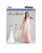 Schnittmuster Simplicity Nr. 7961  in zwei Größen - Abendmode, Brautmode