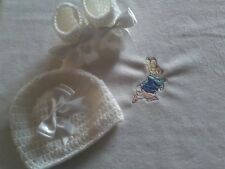 HAND MADE  WHITE BABY BLANKET SET FLEECE CROCHET HAT AND BOOTTIES PETER RABBIT