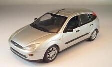Minichamps PMA 1/43 Ford Focus 1998 Limousine silbermetallic #1726
