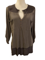 LEFT OF CENTER Womens Olive Roll Tab Sleeve Tunic Shirt Top Blouse size M Medium