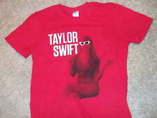 TAYLOR SWIFT 'Red' tour t-shirt Adult Small thin