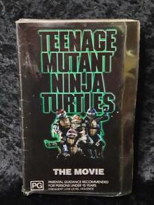 Roadshow TMNT Teenage Mutant Ninja Turtles The Movie CLAMSHELL VHS - Pal