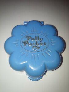 Vintage 1990 Polly Pocket Bluebird forme fleur ,  appartement parisien