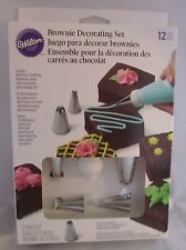 Wilton Industries Inc. 12 Piece Brownie Decorating Set