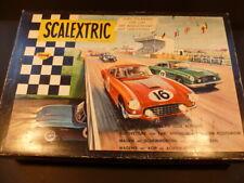 Scalextric Raro conjunto de 60 francés con Ferrari azul y verde Aston