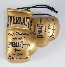 Muhammad ali cadeau à elvis de gants de boxe reproduit en miniature