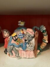 Fitz & Floyd Teapot of Little Red Riding Hood, Le, 278/5000
