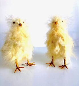 2 VINTAGE EASTER CHICKS DECORATIONS REAL YELLOW SWANS DOWN GLASS EYES WIRED LEGS