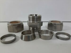 """3/4 Inch Swagelok Stainless Steel Union Fitting, 3/4"""" Tube, SS-1210-6"""